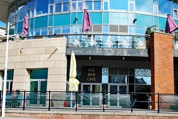 Gunwharf Quays Restaurants Dining Out At The Waterfront