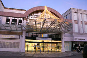 Cascades Portsmouth. Shopping Centre, situated in Commercial Road.